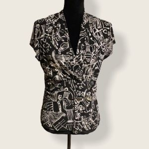 YVONNE MARIE Black & White Top…EUC!!!
